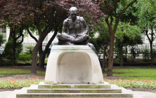 Gandhi Statue in Tavistock Square, London